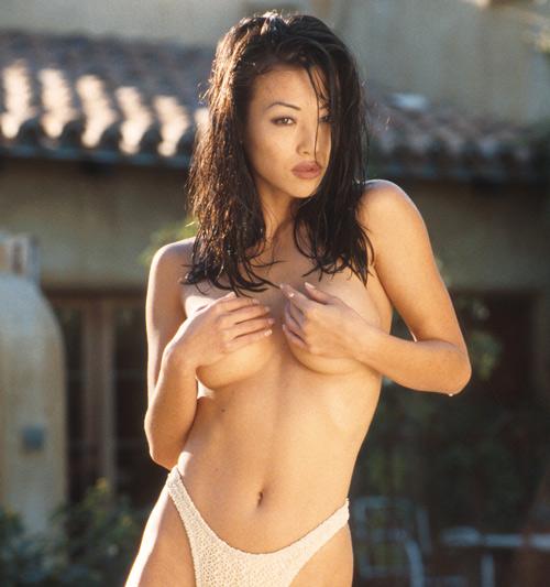 Asian korean sung hi lee showing her nice ass 8